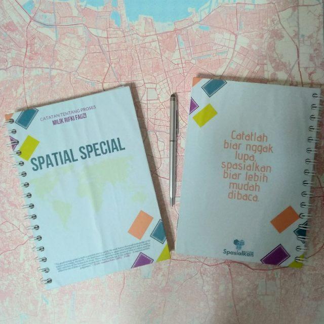 Official Merchandise – Spesial Notebook Spasial Desain Produk Spasialkan